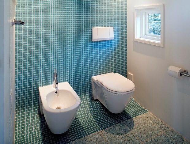 Clean bathroom tile floors