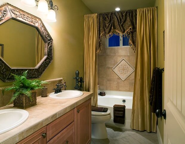 5 ideas for remodeling a bathroom on a budget for Renovating a bathroom on a budget