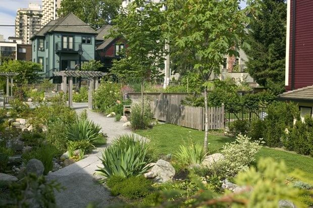Do You Make These 3 Landscaping Mistakes Diy Landscaper