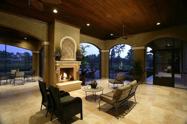The Differences Between An Electric & Wood-Burning Fireplace