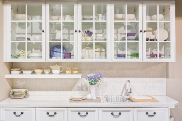 An Alternative To Wood: Glass Front Cabinets | Kitchen Cabinets