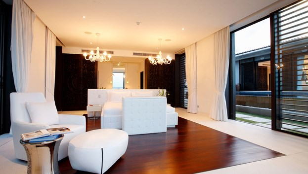Carpet & Hardwood Flooring: How They Compare
