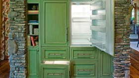 DIY Tips For How To Paint Kitchen Appliances