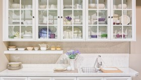 An Alternative To Wood: Glass Front Cabinets