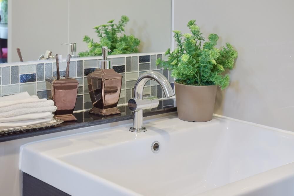small windowless bathroom ideas bathroom with no window. Black Bedroom Furniture Sets. Home Design Ideas