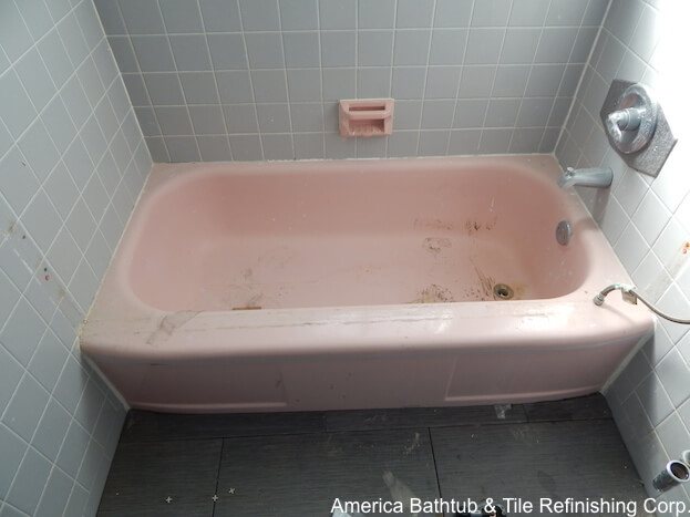 How To Refinish A Bathtub Reglazing Bathtub Bathtub