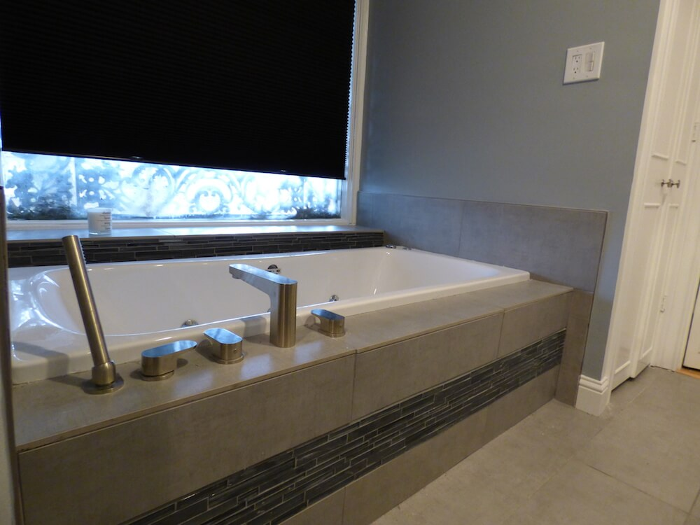 2018 Reglazing Bathroom Tile Costs | Tile Reglazing Prices | Tile ...