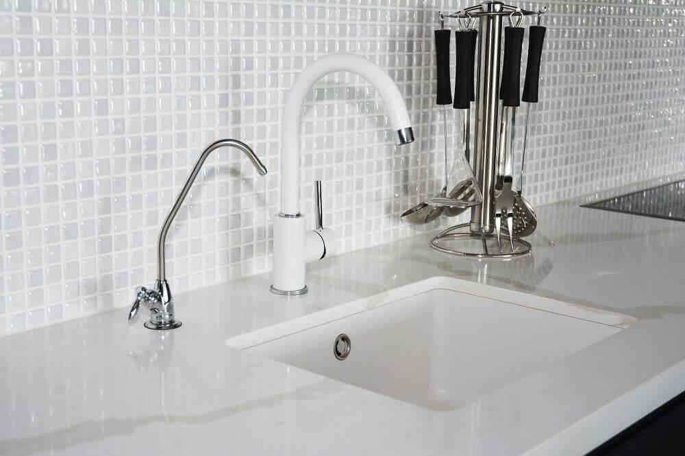 Incredible How To Make Your Tile Backsplash Sparkle Kitchen Download Free Architecture Designs Xaembritishbridgeorg