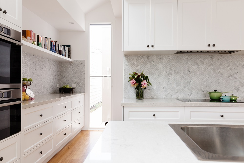 How To Style Your All White Kitchen | Kitchen Décor | White ...