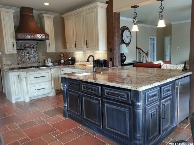 how to paint kitchen cabinets with chalk paint 8 kitchen cabinet trends 2017 kitchen trends 17208