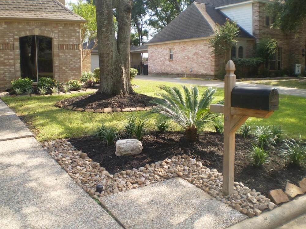 2018 landscaping rock prices decorative rock prices types for Installing river rock landscaping