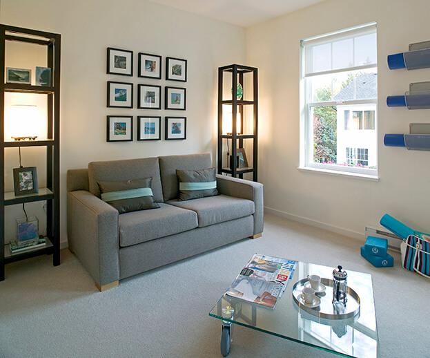 Superb Rental Decorating Tips   Artwork Design Ideas