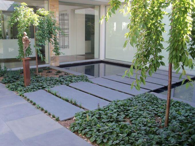 What Are Bluestone Pavers